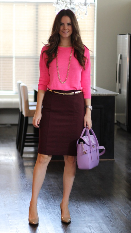r-burgundy-pencil-skirt-r-pink-magenta-sweater-purple-bag-howtowear-fashion-style-outfit-fall-winter-skinny-belt-necklace-tan-shoe-pumps-office-brun-work.jpg