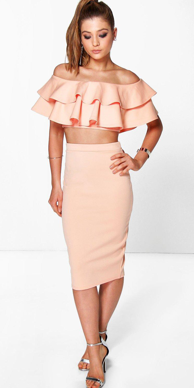 peach-pencil-skirt-peach-crop-top-ruffles-pony-spring-summer-blonde-dinner.jpg