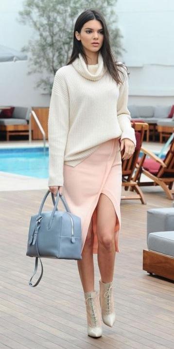 peach-pencil-skirt-white-sweater-turtleneck-blue-bag-brun-white-shoe-booties-kendaljenner-fall-winter-lunch.jpg