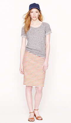 orange-pencil-skirt-grayl-tee-hat-cap-cognac-shoe-sandals-howtowear-stripe-style-outfit-spring-summer-hairr-weekend.jpg