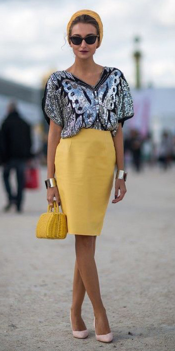 yellow-pencil-skirt-grayl-top-silver-metallice-blonde-bun-head-sun-yellow-bag-tan-shoe-pumps-spring-summer-dinner.jpg