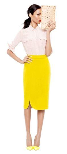 e42ad31ae6 yellow-pencil-skirt-white-top-blouse-pony-tan-