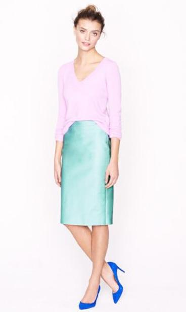 green-light-pencil-skirt-purple-light-sweater-pastel-blue-shoe-pumps-bun-jcrew-spring-summer-hairr-lunch.jpg