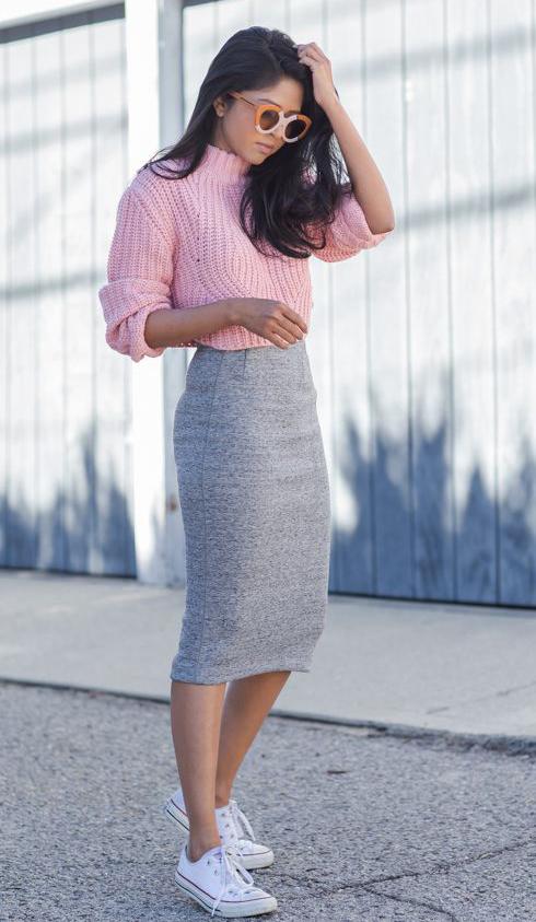 Light gray pencil skirts | HOWTOWEAR