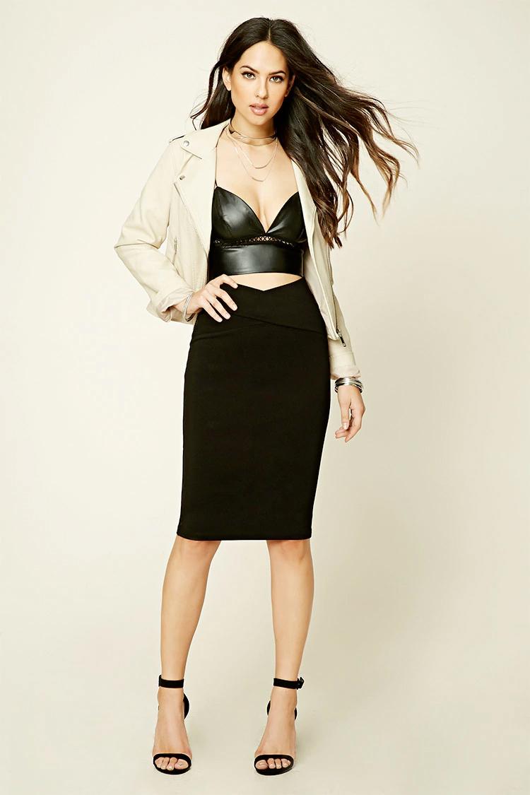 black-pencil-skirt-black-top-bustier-tan-jacket-moto-necklace-leather-wear-outfit-fall-winter-black-shoe-sandalh-brun-dinner.jpg