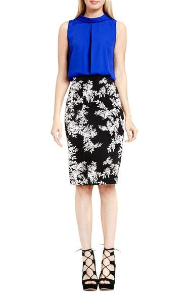 black-pencil-skirt-blue-navy-top-howtowear-style-fashion-spring-summer-black-shoe-sandalh-cobalt-floral-print-night-dinner.jpg