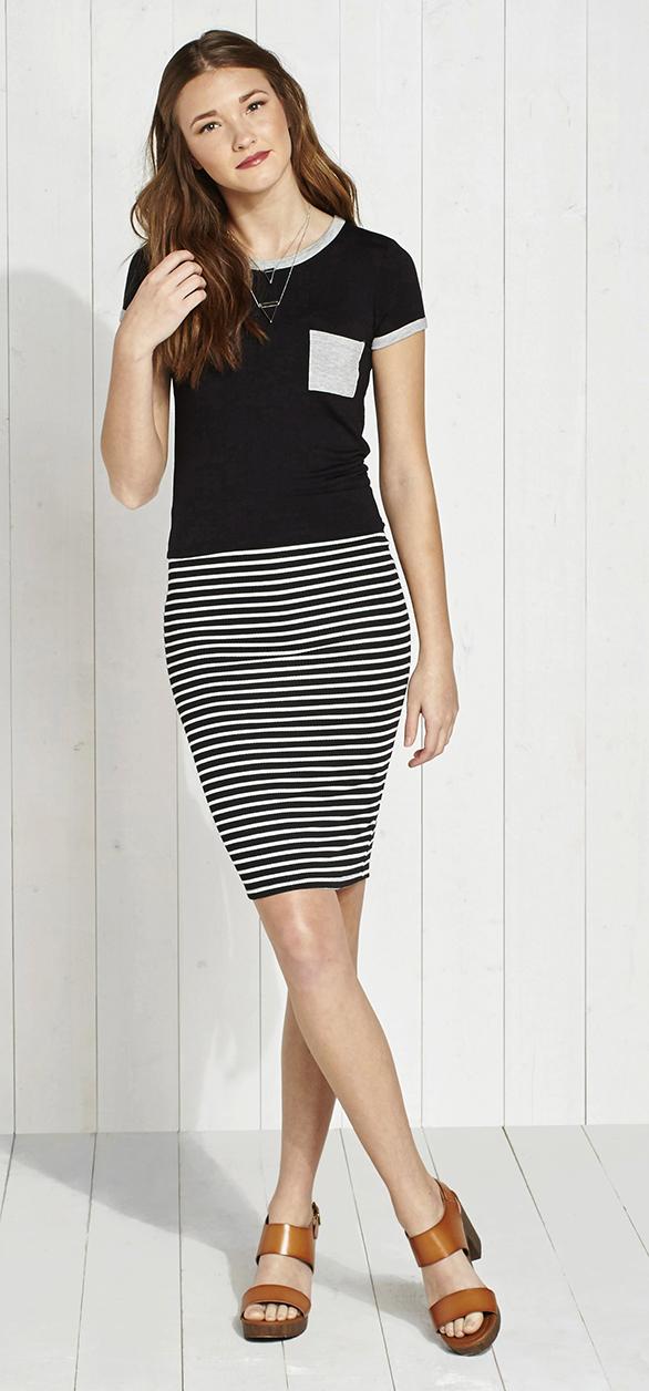 black-pencil-skirt-stripe-black-tee-necklace-cognac-shoe-sandalh-howtowear-fashion-style-outfit-spring-summer-hairr-lunch.jpg