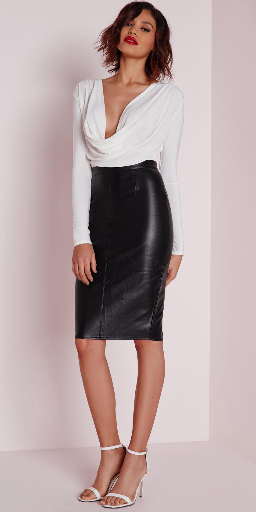 black-pencil-skirt-leather-white-top-white-shoe-sandalh-fall-winter-brun-dinner.jpg
