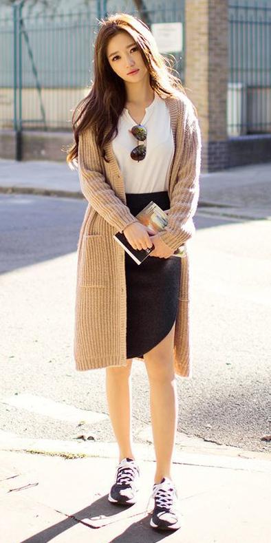 black-pencil-skirt-brun-tan-cardiganl-black-shoe-sneakers-fall-winter-weekend.jpg