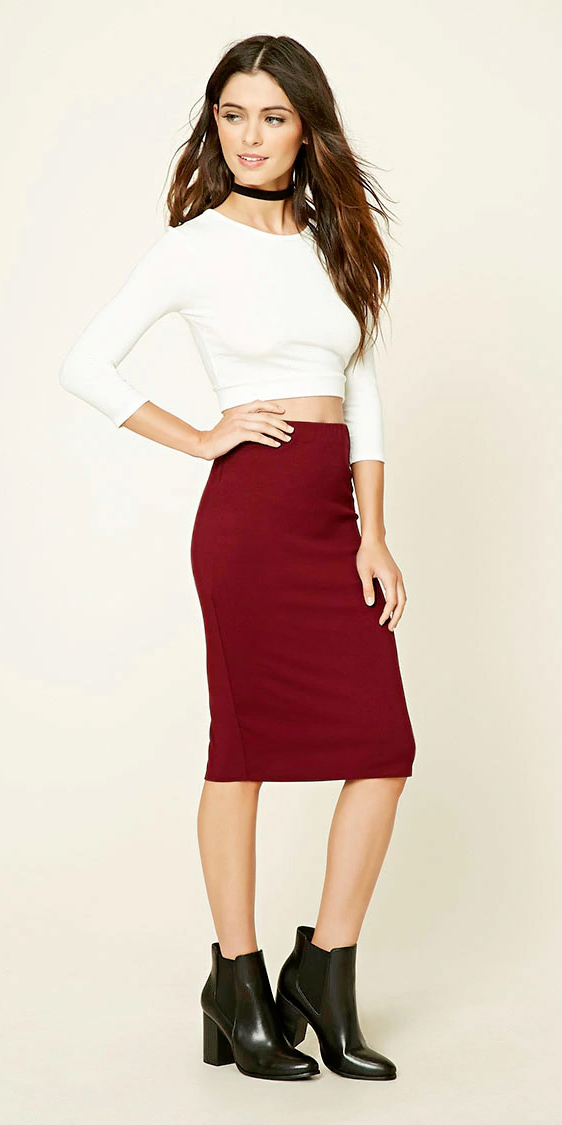 red-midi-skirt-white-top-crop-wear-outfit-fall-winter-choker-black-shoe-booties-brun-lunch.jpg