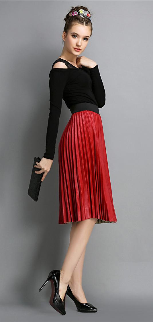 red-midi-skirt-black-top-bun-black-shoe-pumps-black-bag-clutch-pleat-howtowear-fashion-style-outfit-fall-winter-hairr-dinner.jpg