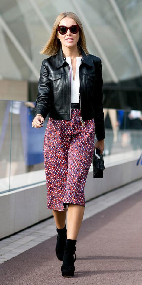 red-midi-skirt-white-top-blouse-black-jacket-moto-sun-socks-black-shoe-sandalh-print-wear-outfit-spring-summer-lunch.jpg