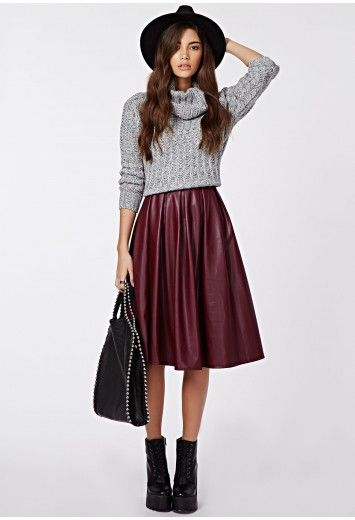 r-burgundy-midi-skirt-grayl-sweater-turtleneck-hat-black-shoe-booties-black-bag-leather-howtowear-fashion-style-outfit-fall-winter-brun-lunch.jpg