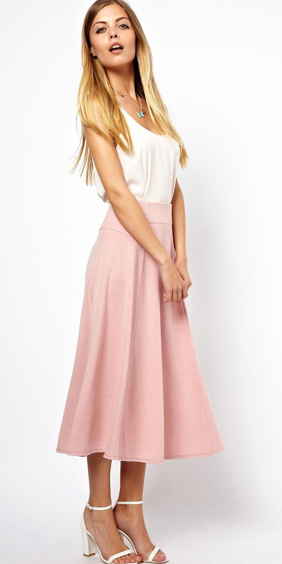 pink-light-midi-skirt-white-cami-necklace-white-shoe-sandalh-wear-outfit-spring-summer-blonde-dinner.jpg