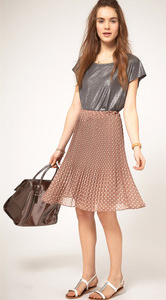 r-pink-light-midi-skirt-grayl-tee-metallic-wear-outfit-spring-summer-white-shoe-sandals-hairr-lunch.jpg