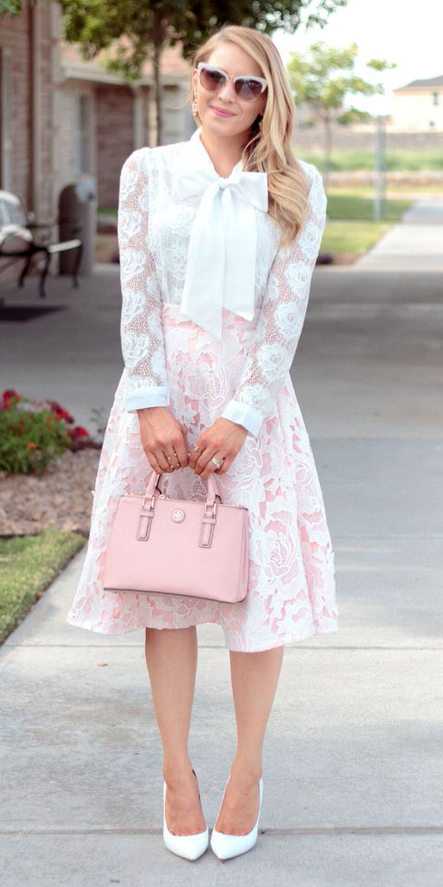 r-pink-light-midi-skirt-white-top-blouse-lace-bow-pink-bag-white-shoe-pumps-sun-earrings-howtowear-fashion-style-outfit-spring-summer-blonde-dinner.jpg