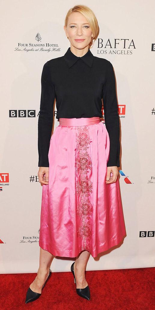 how-to-style-pink-magenta-midi-skirt-black-top-blouse-blonde-black-shoe-pumps-silk-fall-winter-fashion-dinner.jpg