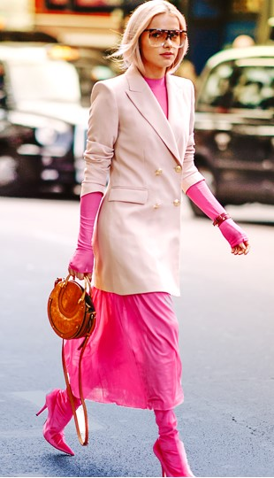 pink-magenta-midi-skirt-magenta-shoe-boots-cognac-bag-pink-light-jacket-blazer-tonal-sun-blonde-london-fashion-week-street-style-spring-summer-lunch.jpg