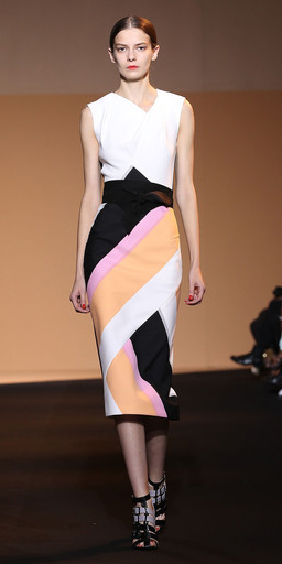 tan-midi-skirt-white-top-bun-wear-outfit-spring-summer-black-shoe-sandalh-parisfashionweek-runway-hairr-work.jpg
