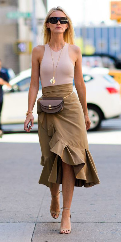 tan-midi-skirt-necklace-pend-brown-bag-fannypack-tan-shoe-sandalh-spring-summer-blonde-lunch.jpg