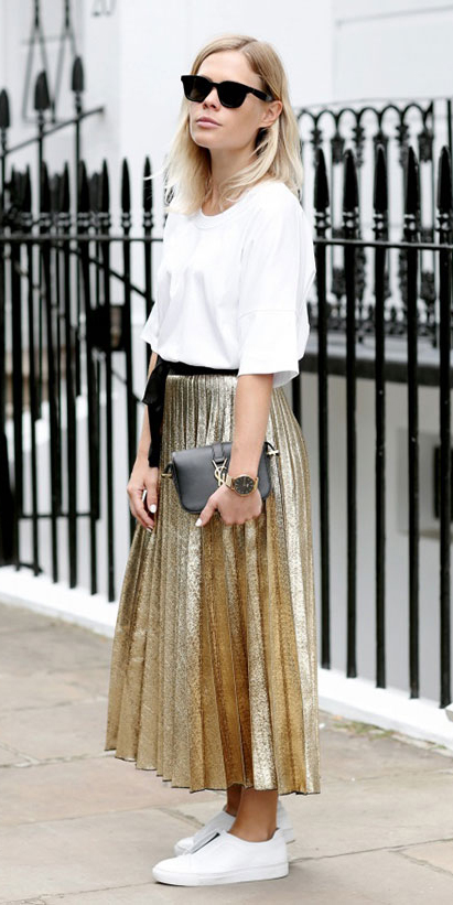 tan-midi-skirt-gold-pleated-white-tee-blonde-sun-white-shoe-sneakers-black-bag-spring-summer-weekend.jpg