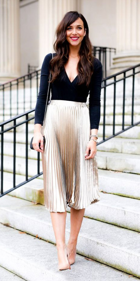 tan-midi-skirt-gold-pleat-metallic-black-top-tan-shoe-pumps-fall-winter-brun-dinner.jpg