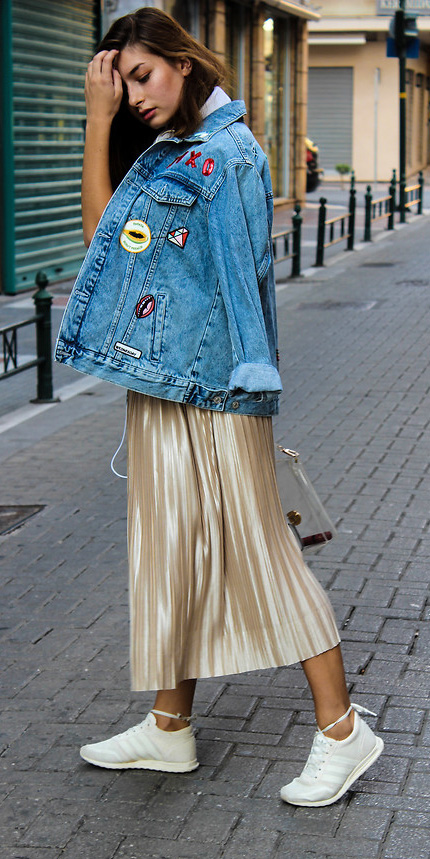 tan-midi-skirt-metallic-pleated-blue-light-jacket-jean-white-shoe-sneakers-fall-winter-hairr-weekend.jpg