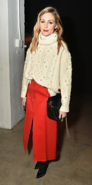 orange-midi-skirt-oliviapalermo-white-sweater-turtleneck-black-bag-fall-winter-hairr-lunch.jpg