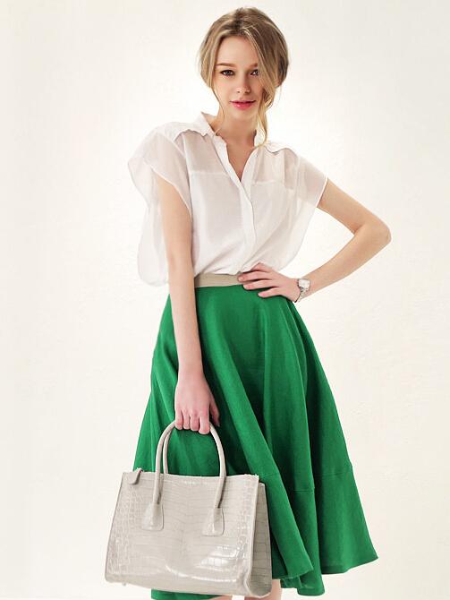 1fa4148a10 green-emerald-midi-skirt-white-top-bun-white-