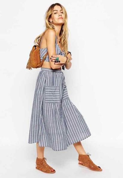 blue-light-midi-skirt-blue-light-top-crop-cognac-bag-pack-stripe-wear-outfit-spring-summer-cognac-shoe-sandals-freepeople-match-blonde-weekend.jpg