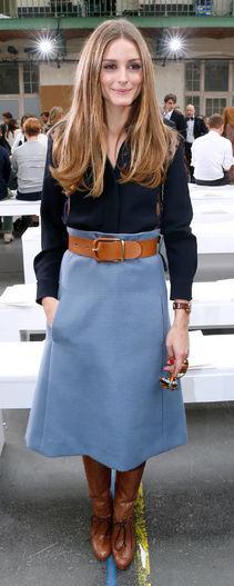 blue-light-midi-skirt-blue-navy-collared-shirt-oliviapalermo-wide-belt-wear-outfit-fall-winter-cognac-shoe-boots-hairr-work.jpg