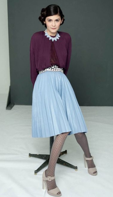 blue-light-midi-skirt-purple-royal-top-blouse-necklace-bun-gray-tights-gray-shoe-sandalh-pleat-howtowear-fashion-style-outfit-fall-winter-brun-dinner.jpg