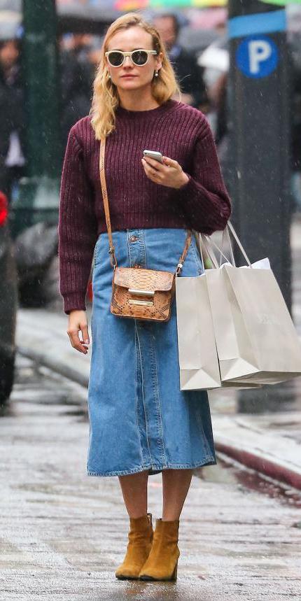 blue-light-midi-skirt-r-burgundy-sweater-sun-tan-bag-cognac-shoe-booties-crossbody-jean-howtowear-fashion-style-outfit-fall-winter-blonde-lunch.jpg