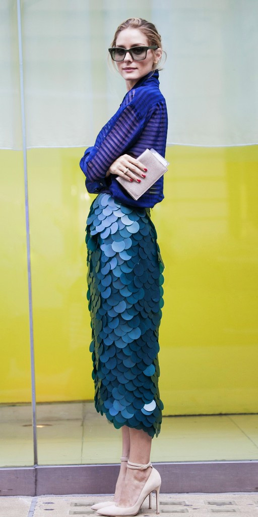 blue-med-midi-skirt-blue-navy-top-blouse-cobalt-bun-sun-tan-shoe-pumps-tonal-oliviapalermo-fall-winter-hairr-dinner.jpg