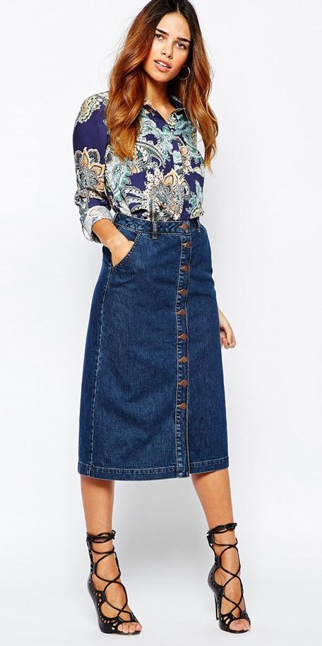 blue-navy-midi-skirt-blue-navy-top-blouse-print-wear-outfit-spring-summer-black-shoe-sandalh-brun-dinner.jpg