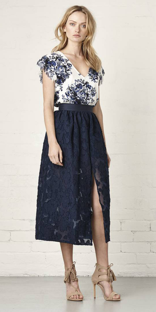 blue-navy-midi-skirt-blue-navy-tee-print-floral-lace-wear-outfit-spring-summer-tan-shoe-sandalh-blonde-lunch.jpg