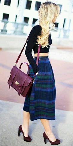 blue-navy-midi-skirt-black-top-crop-wear-outfit-fall-winter-burgundy-shoe-pumps-plaid-burgundy-bag-blonde-dinner.jpg