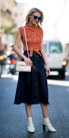 blue-navy-midi-skirt-denim-button-sun-white-bag-white-shoe-booties-spring-summer-blonde-lunch.jpg
