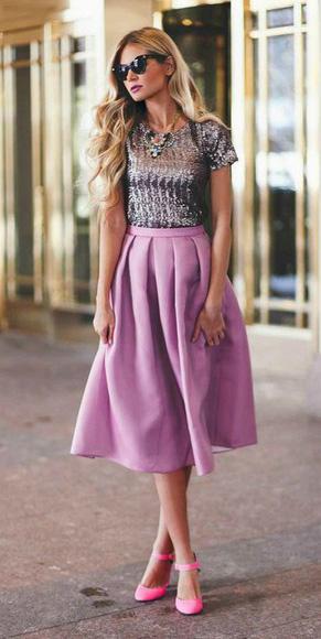 purple-light-midi-skirt-grayl-top-necklace-pink-shoe-pumps-spring-summer-blonde-dinner.jpg