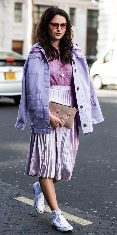 purple-light-midi-skirt-pleat-velvet-purple-light-top-blouse-lace-brun-purple-light-jacket-jean-white-shoe-sneakers-fall-winter-weekend.jpg