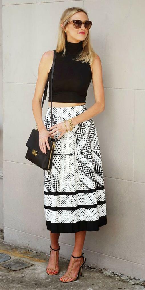 white-midi-skirt-print-pleat-black-crop-top-black-bag-tan-shoe-sandalh-blonde-sun-spring-summer-lunch.jpg