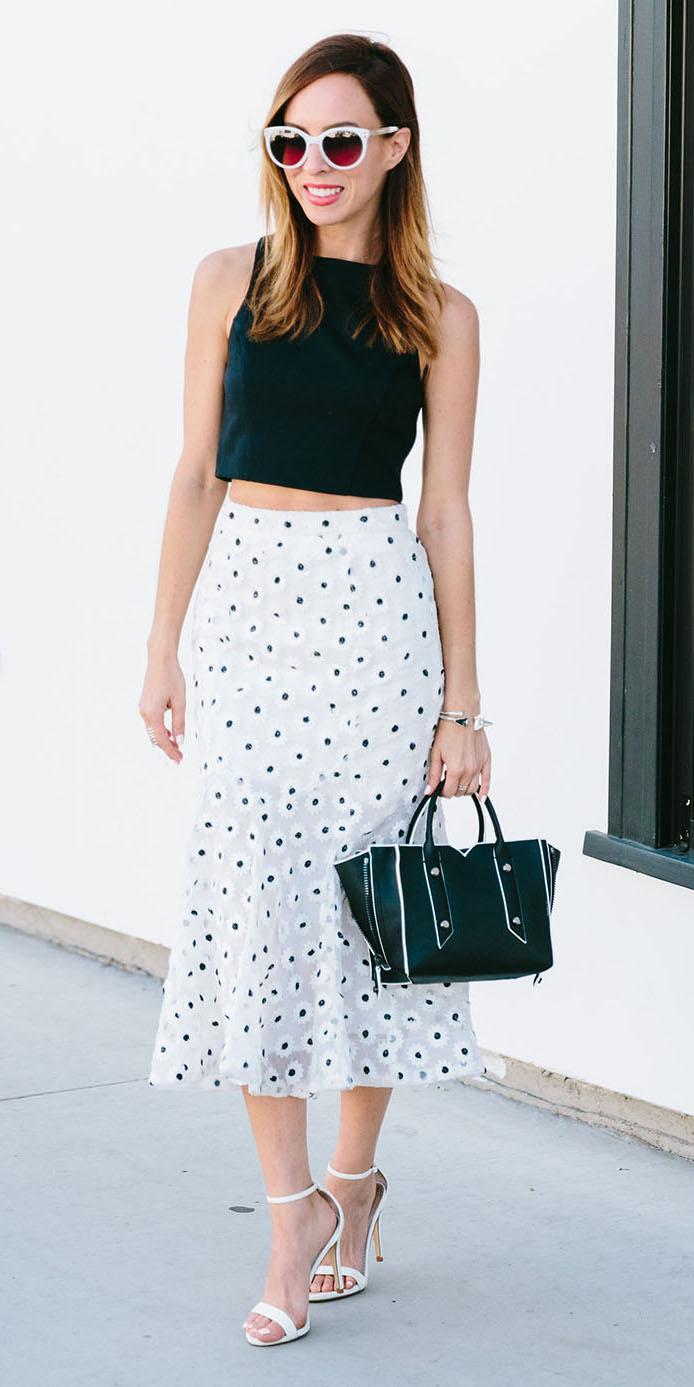 white-midi-skirt-black-crop-top-sun-black-bag-white-shoe-sandalh-spring-summer-hairr-lunch.jpg