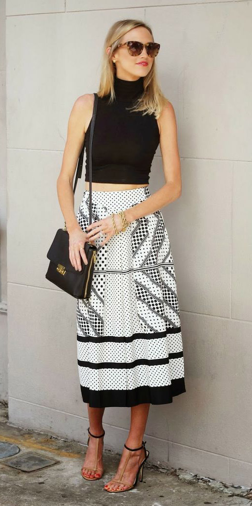 white-midi-skirt-black-crop-top-black-bag-sun-tan-shoe-sandalh-spring-summer-blonde-dinner.jpg