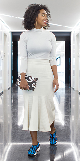 white-midi-skirt-white-tee-turtleneck-black-bag-clutch-blue-shoe-sneakers-hoops-howtowear-fashion-style-outfit-spring-summer-brun-lunch.jpg