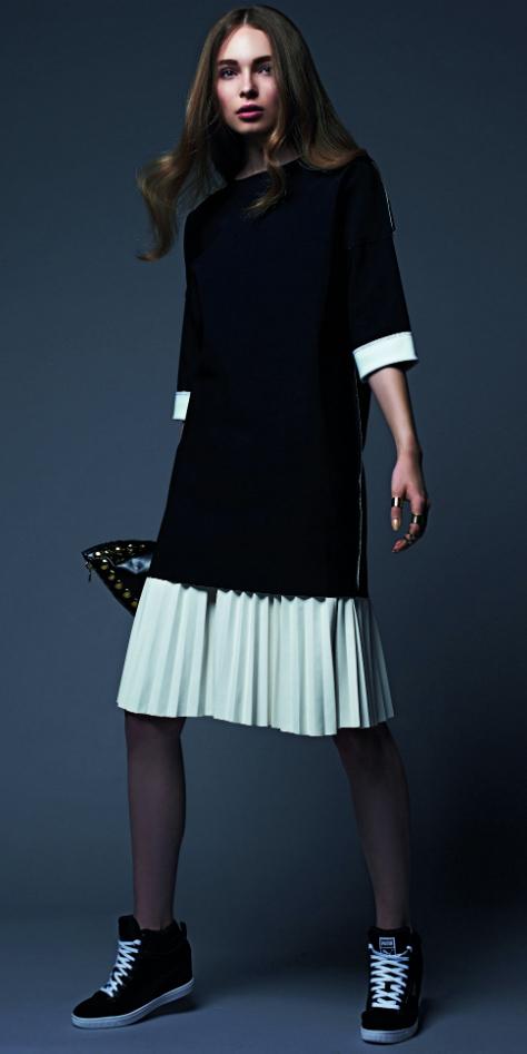 white-midi-skirt-black-top-pleat-black-shoe-sneakers-wedge-wear-outfit-spring-summer-hairr-lunch.jpg