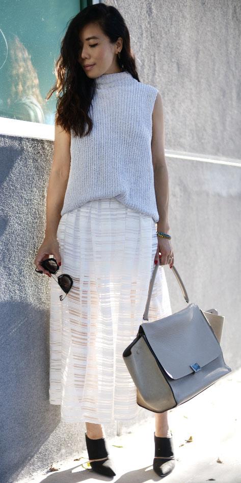 white-midi-skirt-gray-bag-black-shoe-pumps-tonal-grayl-sweater-sleeveless-turtleneck-spring-summer-brun-lunch.jpg