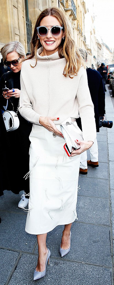 white-midi-skirt-white-sweater-howtowear-fashion-style-outfit-fall-winter-turtleneck-gray-shoe-pumps-sun-oliviapalermo-celebrity-street-hairr-work.jpg