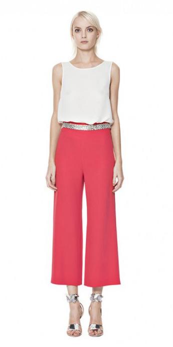 red-culottes-pants-white-top-blouse-belt-gray-shoe-sandalh-metallic-silver-spring-summer-blonde-dinner.jpeg
