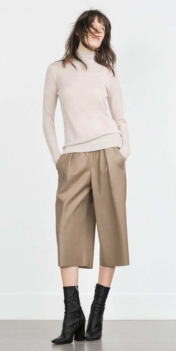 tan-culottes-pants-white-sweater-turtleneck-black-shoe-booties-fall-winter-hairr-lunch.jpg