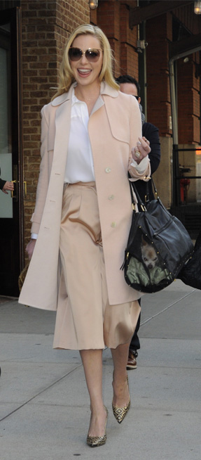 tan-culottes-pants-katherineheigl-white-collared-shirt-tan-jacket-coat-sun-tan-shoe-pumps-spring-summer-blonde-work.jpg